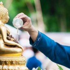 泰國潑水節也稱宋干節